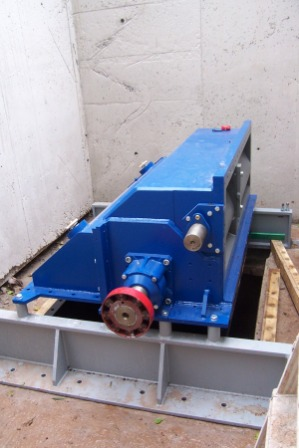 12-Micro-hydro-Turbine-generator-install